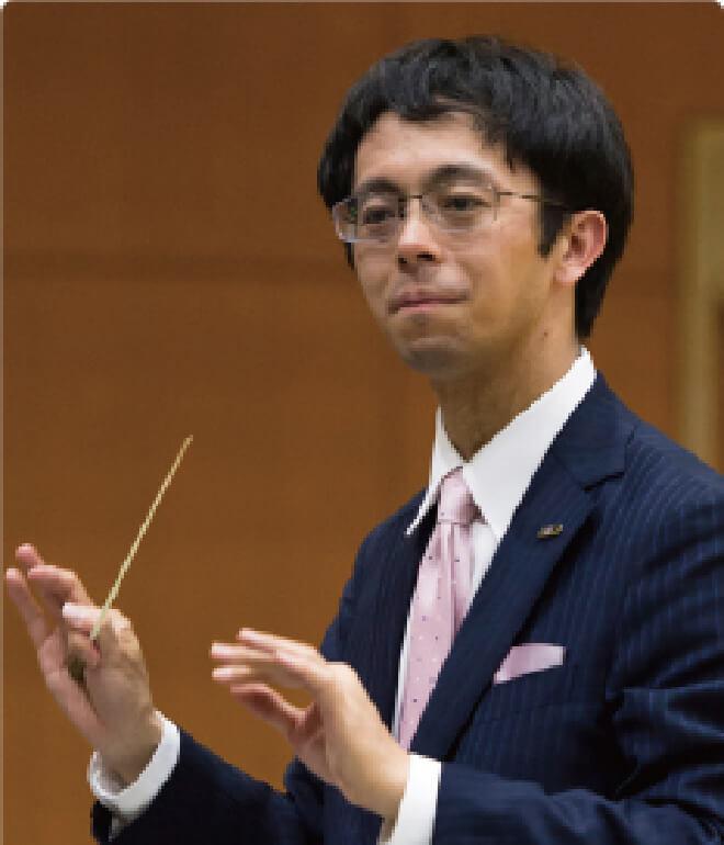 地歴公民科担当(吹奏楽部顧問)竹内 寛先生